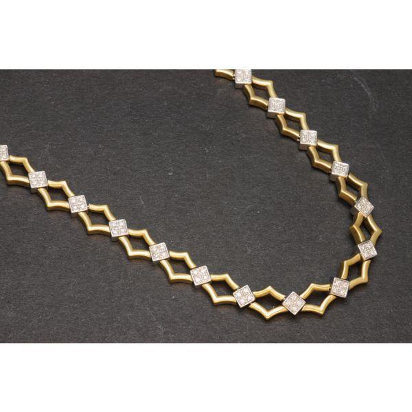 Collar de oro bicolor y diamantes