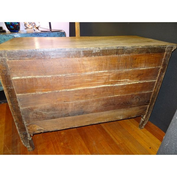 Cómoda francesa Luis XV,  en madera de roble, S.XVIII