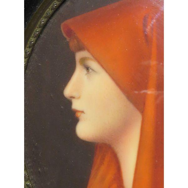 Miniatura al óleo Dama con manto rojo firmado Genner, segunda mitad siglo XIX.