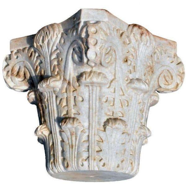 Reproducción del Capitel en panal de Al-Andalus tallado a mano.