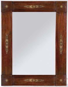 Espejo de madera de caoba y bronce español, Reina Gobernadora, primera mitad del siglo XIX